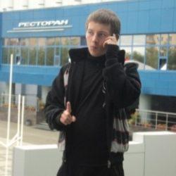 Молодой парень ищет готичную барышню в Иванове, желающую подчиняться