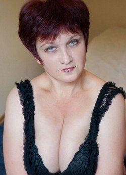Сладкая девочка с приятной попкой и грудью желает познакомиться с мужчиной в Иванове